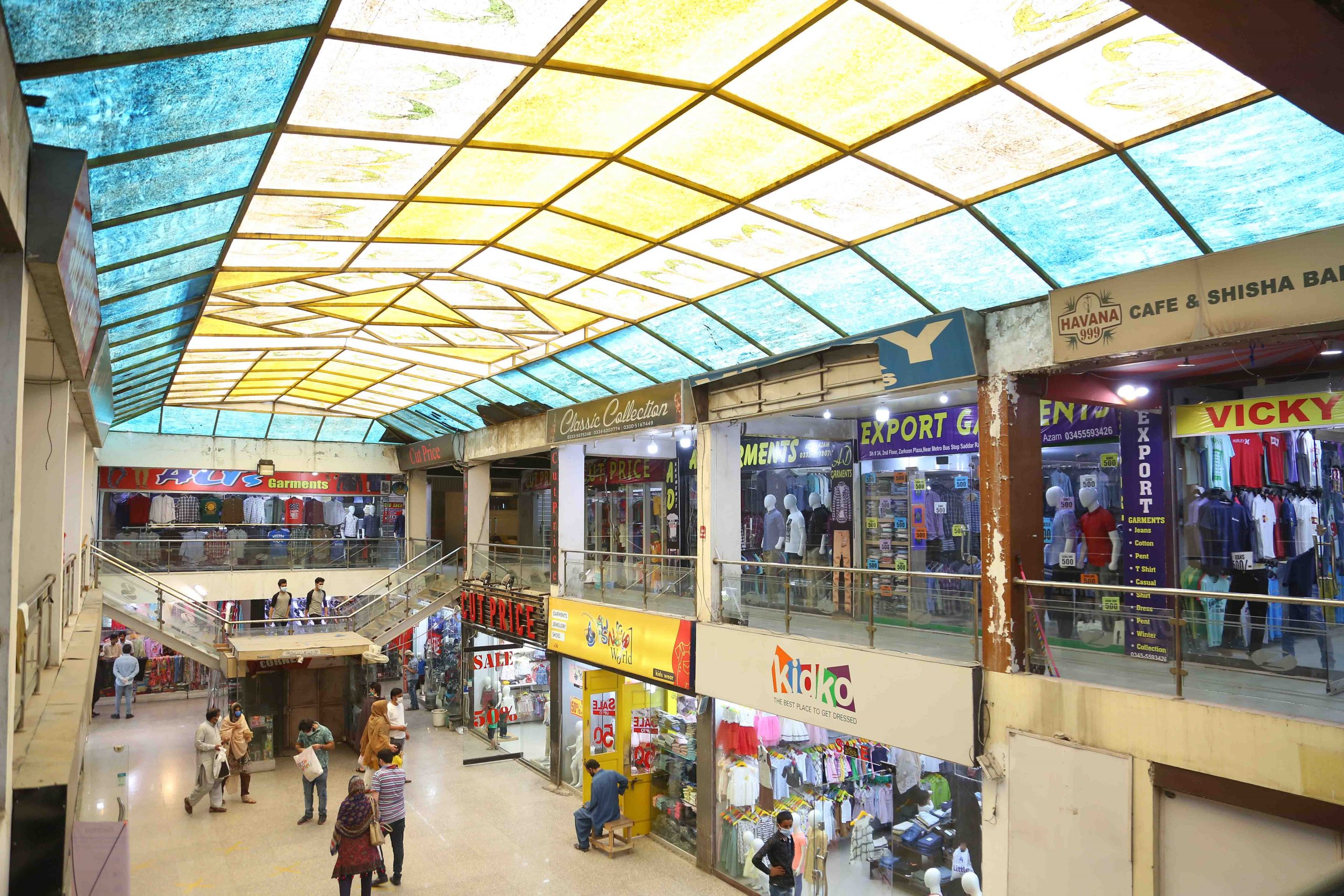Zarkon Plaza 1 Saddar Rawalpindi Interior Views - FAH33M (7) - Q-L0-BO